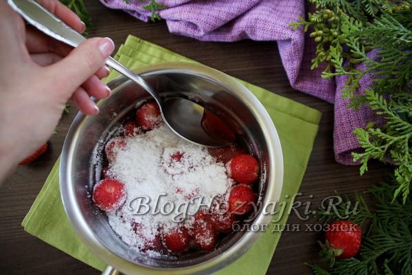 """Классическое варенье из клубники с целыми ягодами """"5 минутка"""""""