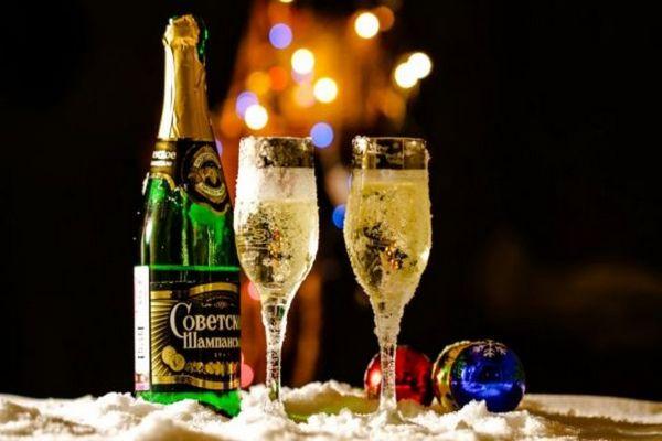 Как выбрать хорошее шампанское на Новый год 2022
