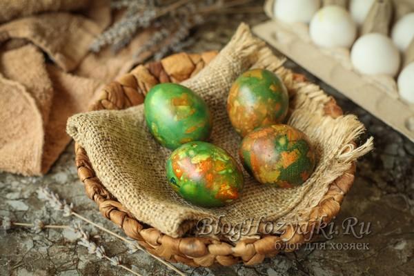 Как красить мраморные яйца на Пасху 2021