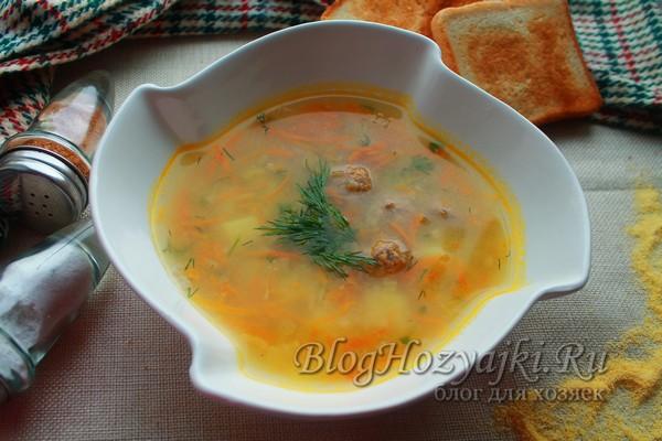 Суп с фрикадельками и кукурузной крупой