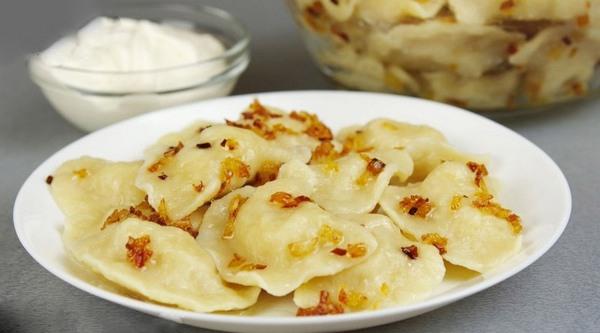 Вареники с картошкой - 7 очень вкусных рецептов