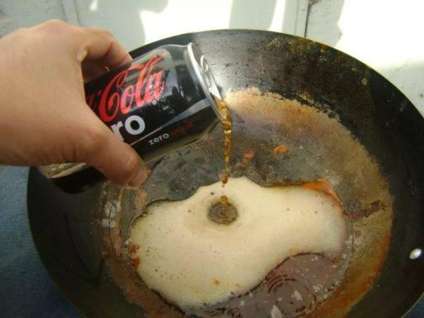 Что делать если ржавеет чугунная сковорода